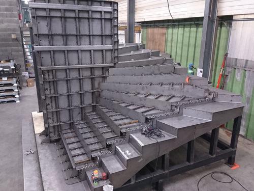 Moule-escalier-helicoidal-moulage-metallique-metal-s