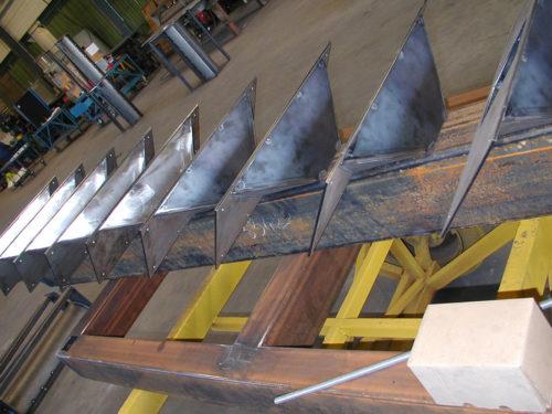 Moule-escalier-moulage-metallique-metal-s