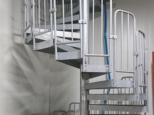 escalier-securite-de-chantier-batiment-metal-s