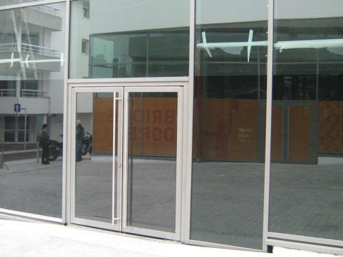 porte-acier-fabricant-escalier-metallique-metal-s
